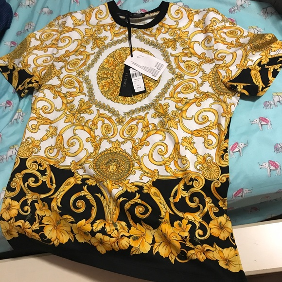 2a9a5ef1 VERSACE MEN T SHIRT